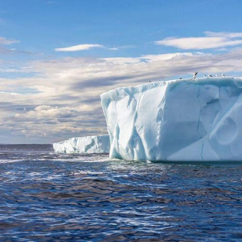 silversea-antarctica-cruise-antarctic-sound-tabular-iceberg